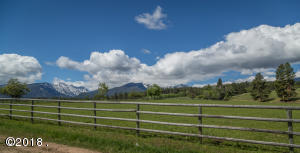 Nhn Running Elk Road, Darby, MT 59829