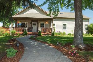 236 Christofferson Lane, Corvallis, MT 59828