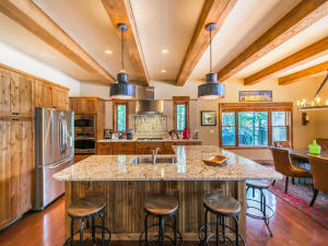3176 North Ashley Lake Road, Kalispell, MT 59901