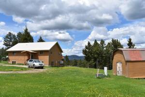 34879 Seth Lane, Bonner, MT 59823