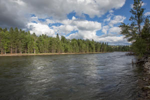 The Bitterroot River is well known for trout fishing and scenic floating.