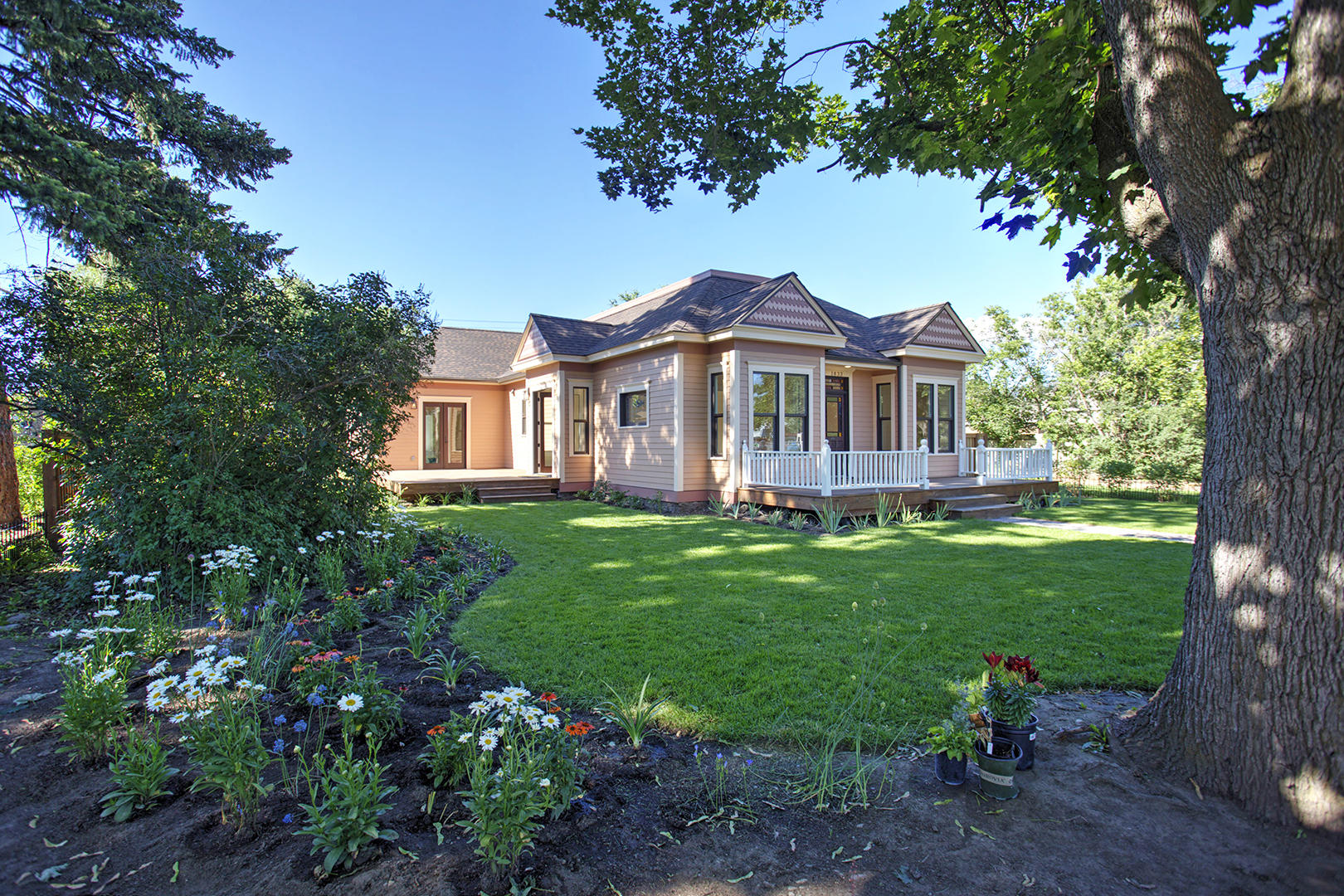Property Image #1 for MLS #21808933