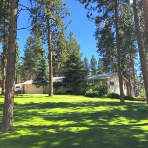 213 Pine Ridge Road, Florence, MT 59833