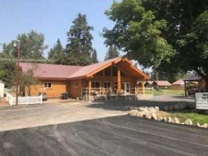 8688 Hwy 2 East, Hungry Horse, MT 59919