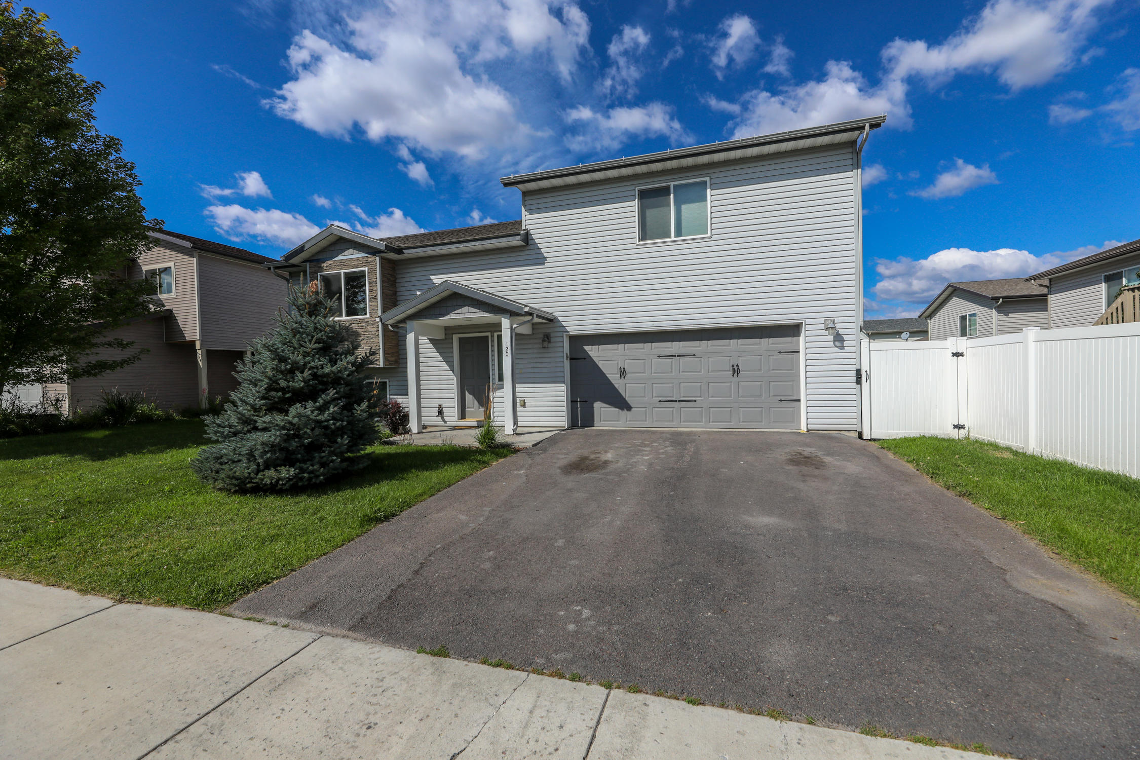 Love Montana Living In Empire Estates! This 3 Bedroom 2 Bath House Boosts  Many Great Features. Living Room, Kitchen And Dining Room On The Main Floor  With ...