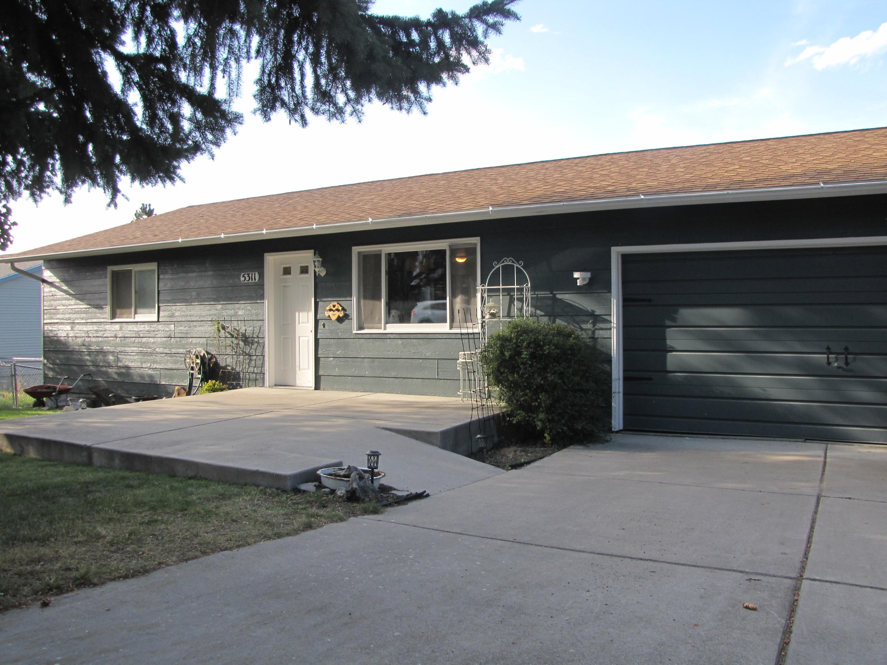 Property Image #1 for MLS #21811767
