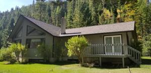 8680 Sleeman Creek Road, Lolo, MT 59847
