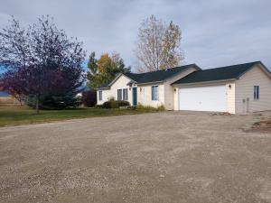 540 Chats Lane, Corvallis, MT 59828