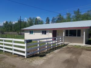 12205 Lewis & Clark Drive, Lolo, MT 59847