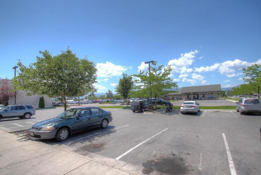 Property Image #12 for MLS #21813705