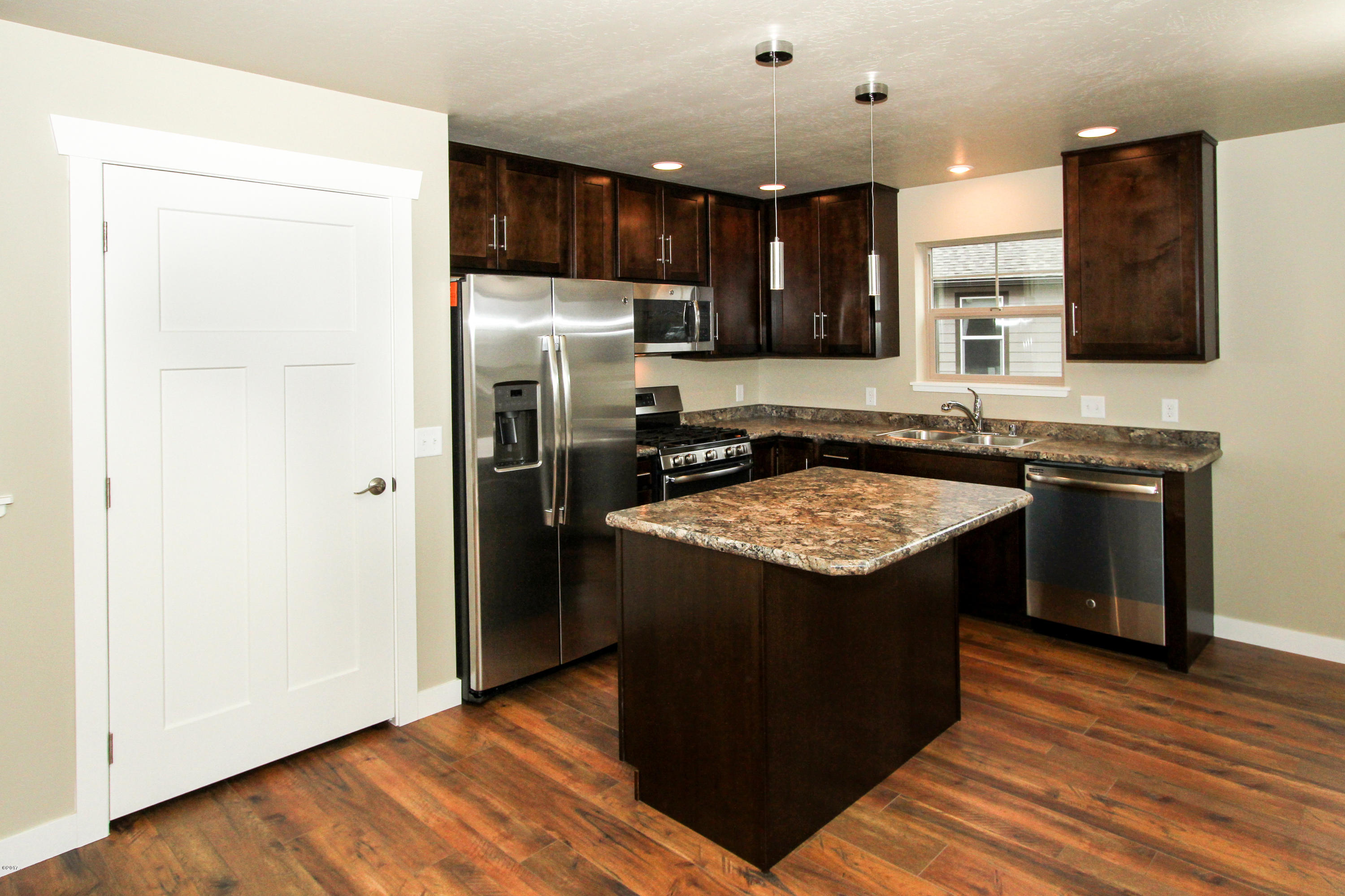 Property Image #10 for MLS #21813670