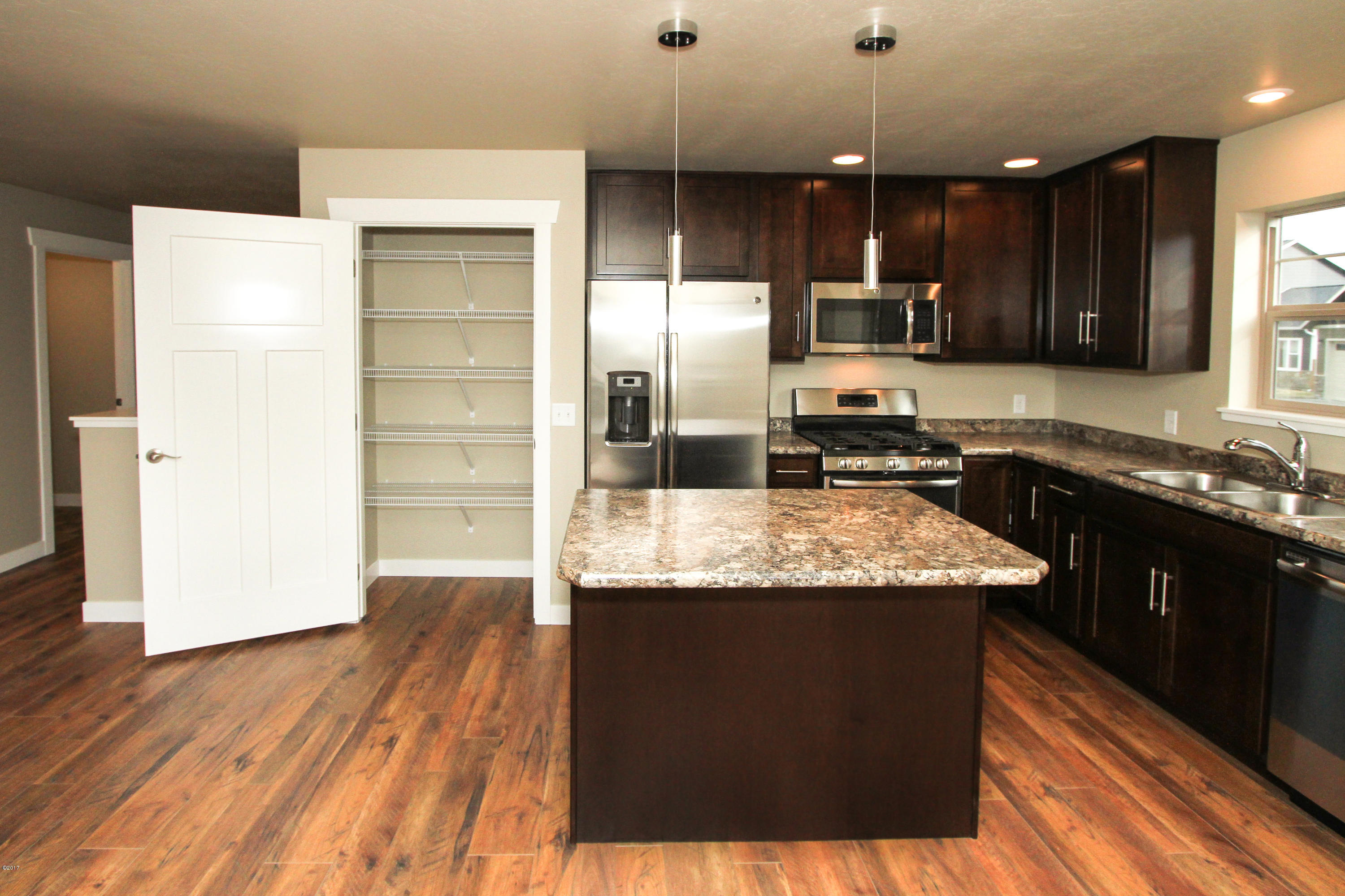 Property Image #11 for MLS #21813670