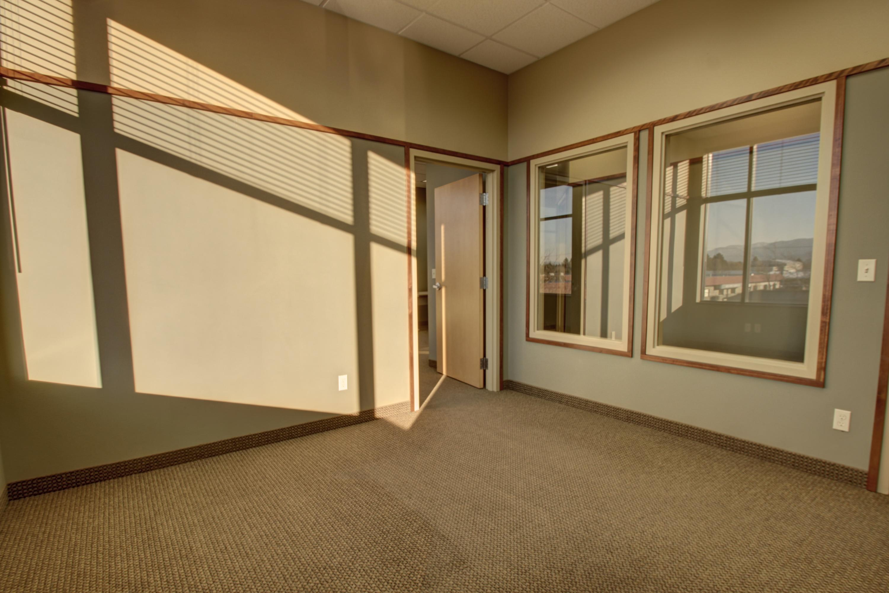 Property Image #4 for MLS #21813705