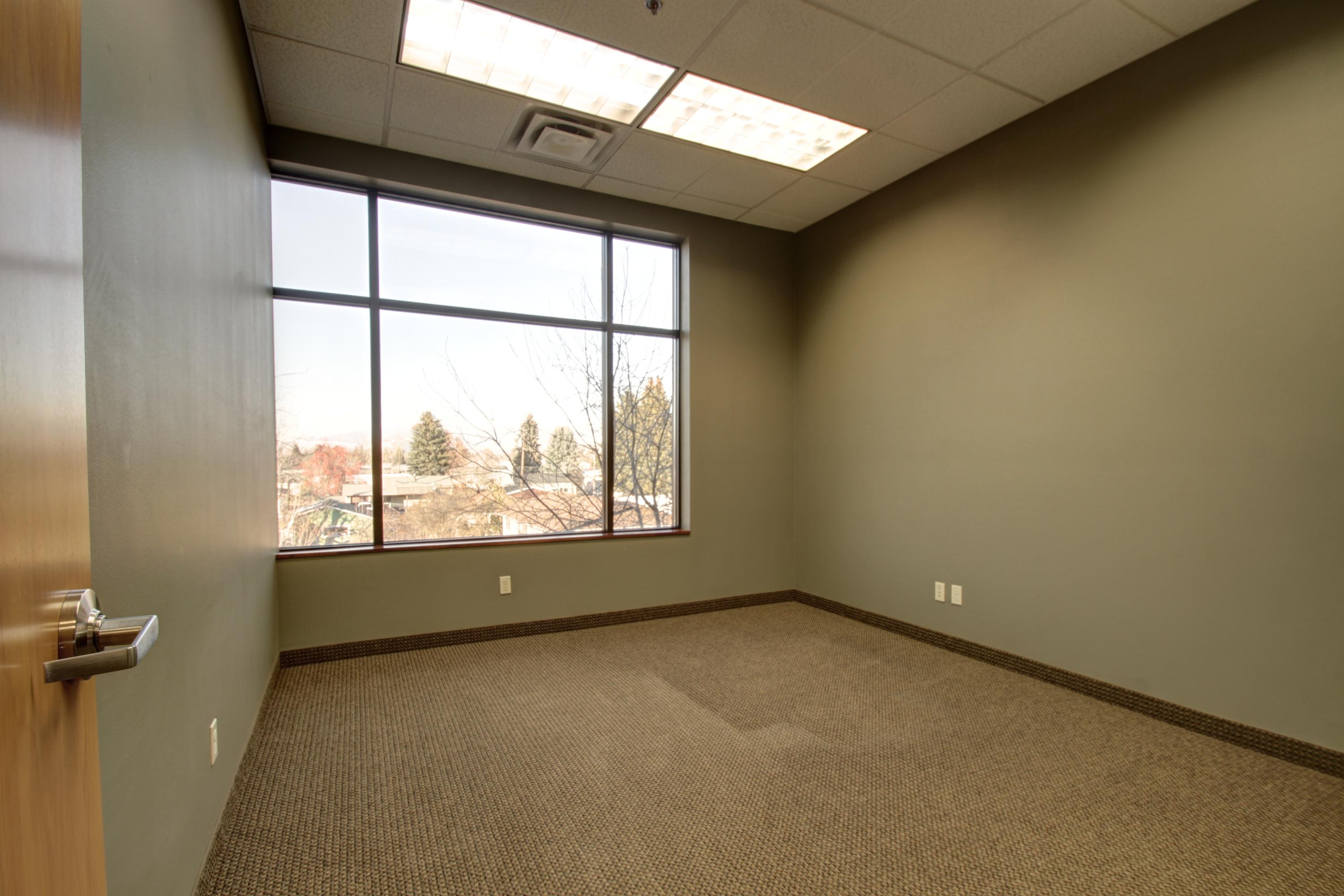 Property Image #11 for MLS #21813705