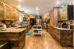 Look At This Kitchen! Wow!