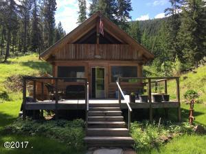 1087 Johnson Lane, Superior, MT 59872