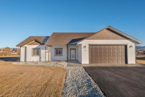 154 Farm Land Lane, Corvallis, MT 59828
