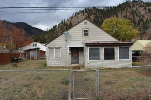 302 3rd Avenue East, Superior, MT 59872