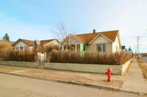 37 3rd Avenue South West, Cut Bank, MT 59427
