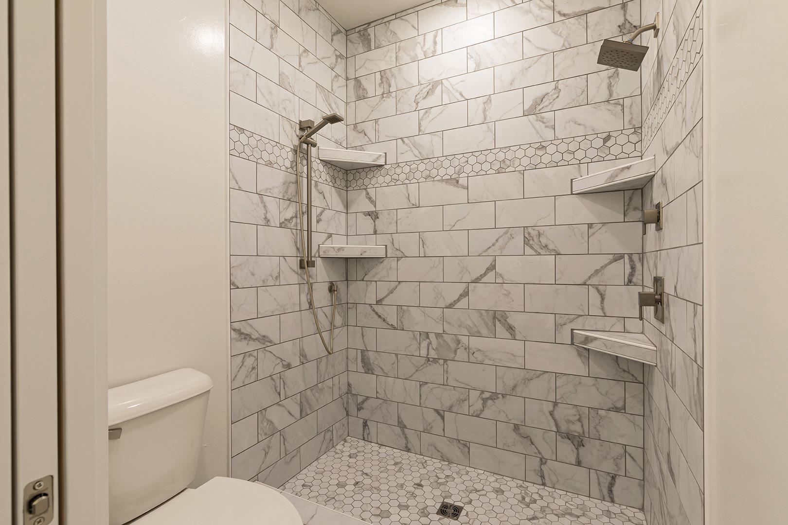 Property Image #14 for MLS #21900304