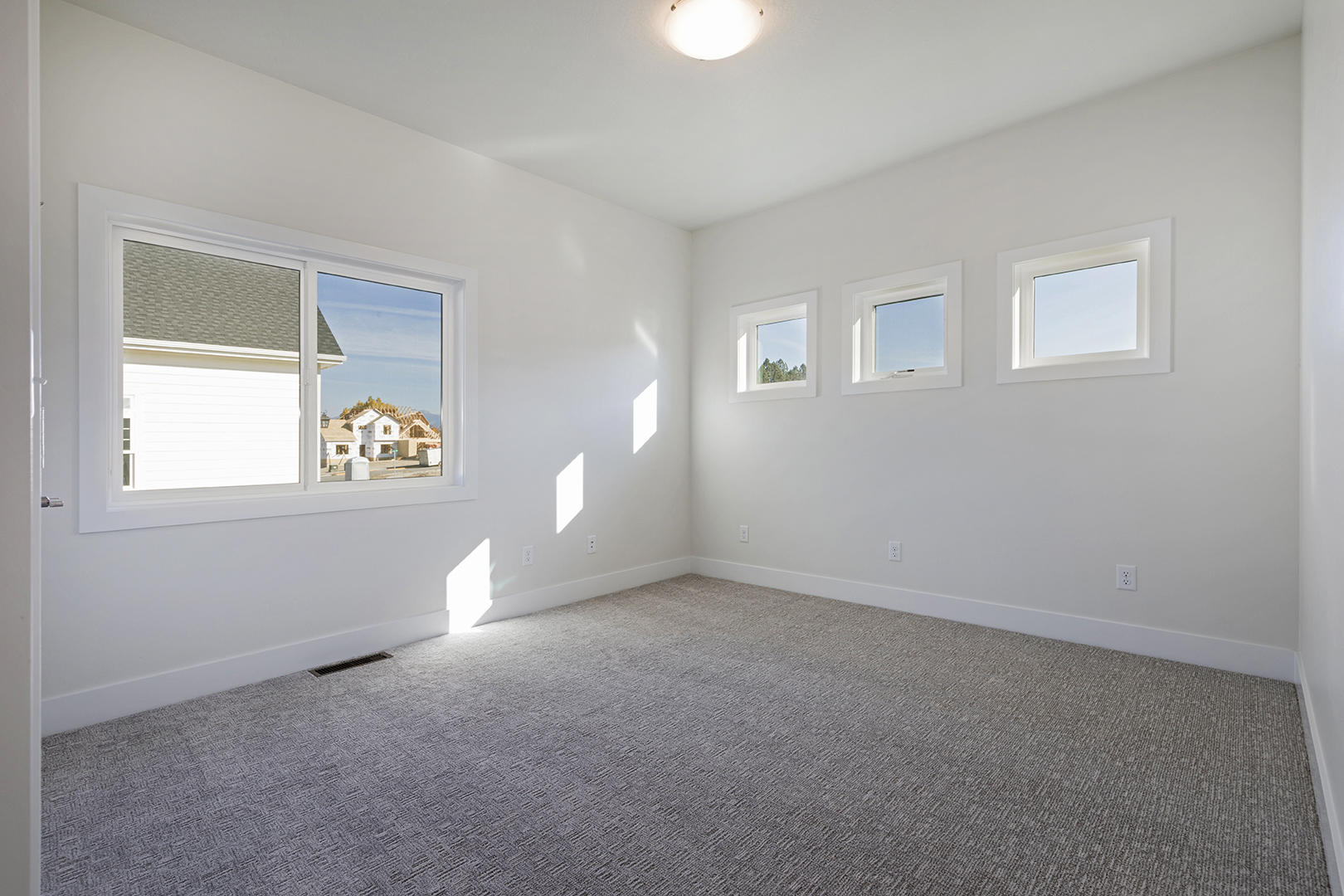 Property Image #16 for MLS #21900304