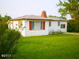 319 3rd Street South, Sunburst, MT 59482