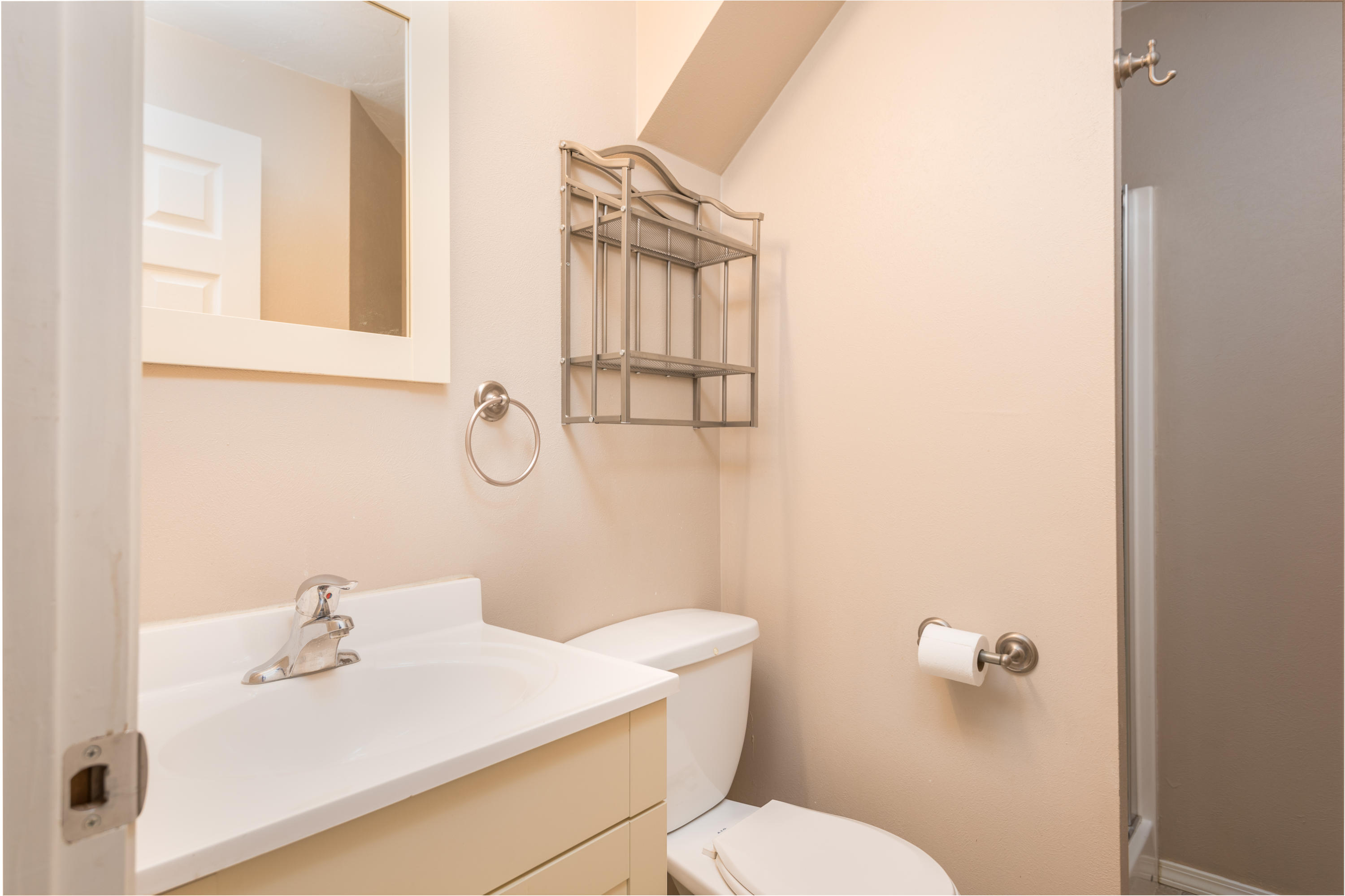 Property Image #4 for MLS #21900676