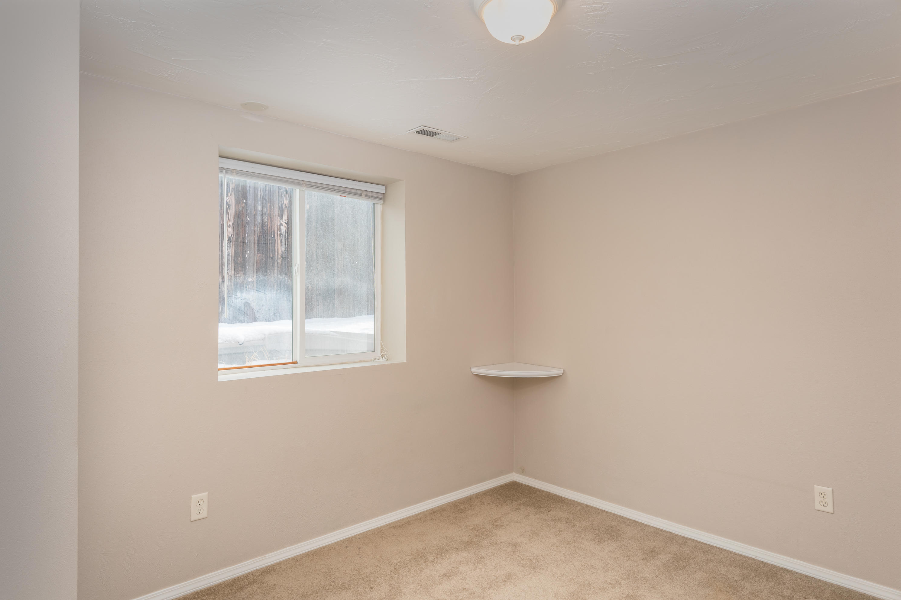 Property Image #6 for MLS #21900676