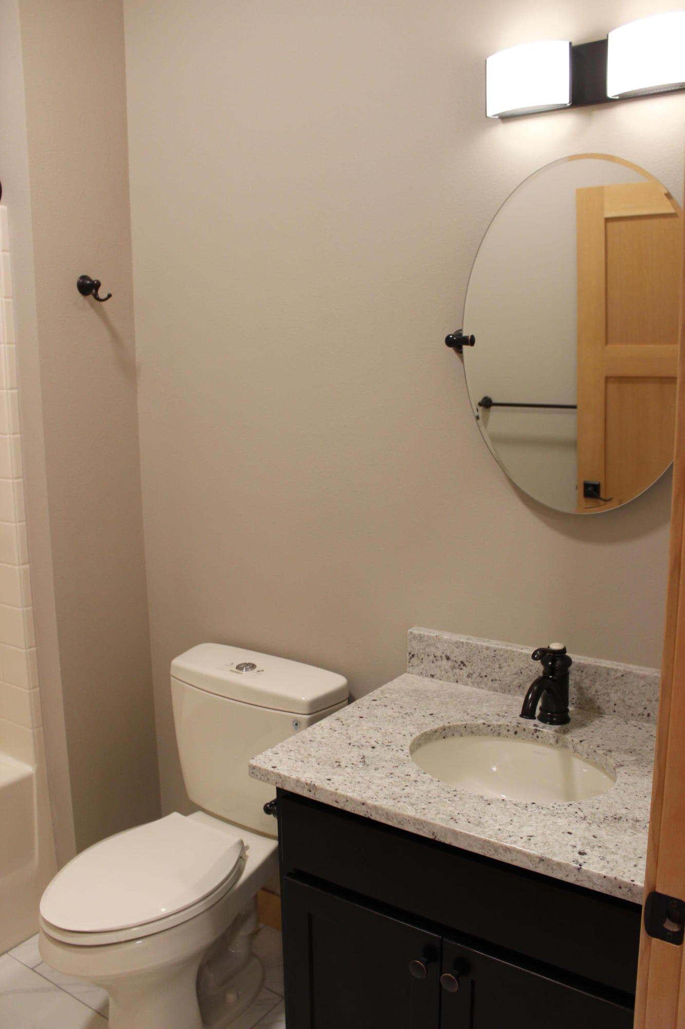 Property Image #2 for MLS #21900043