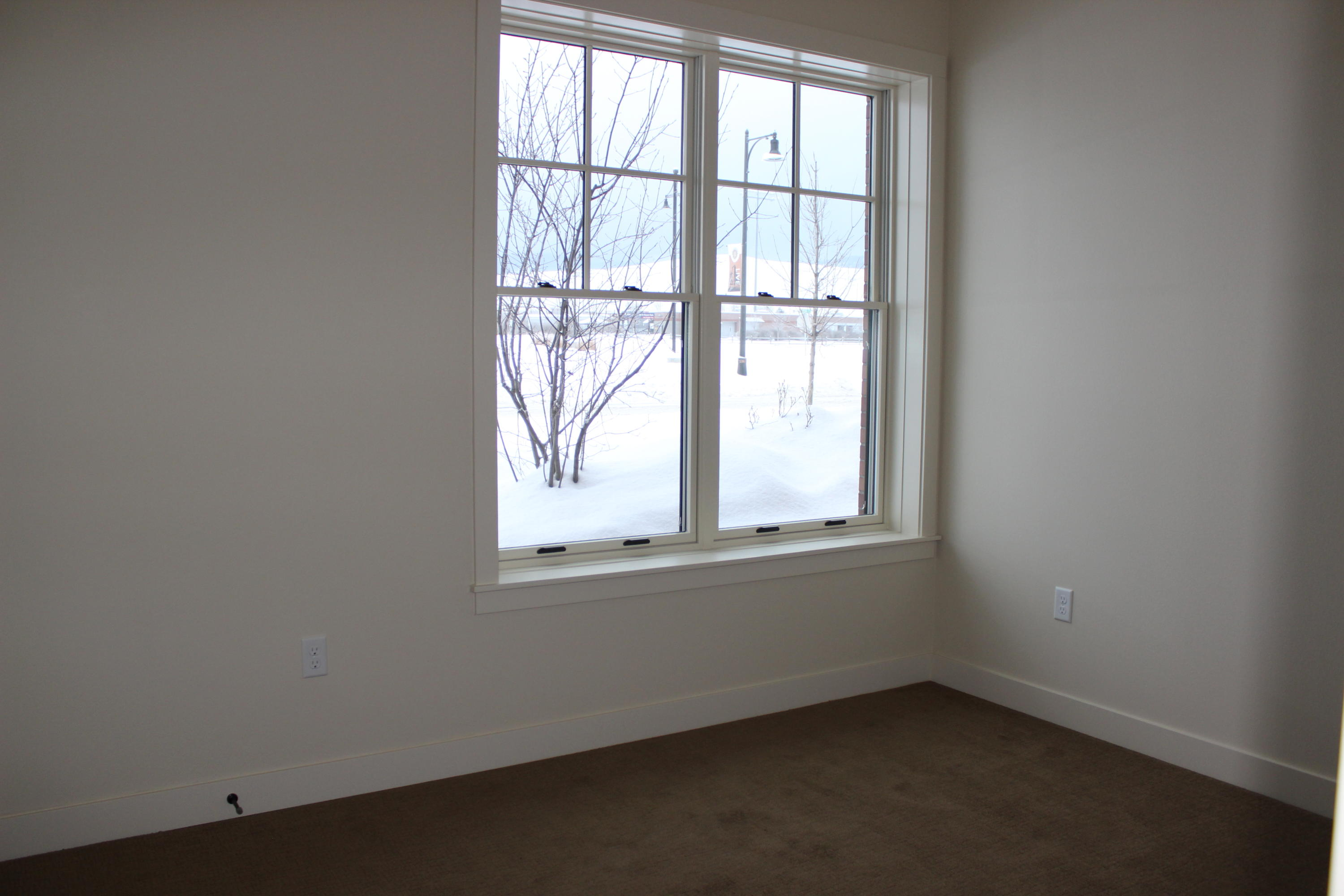 Property Image #2 for MLS #21811757