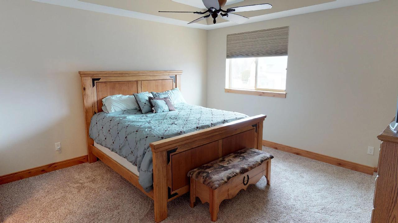 Property Image #2 for MLS #21900829