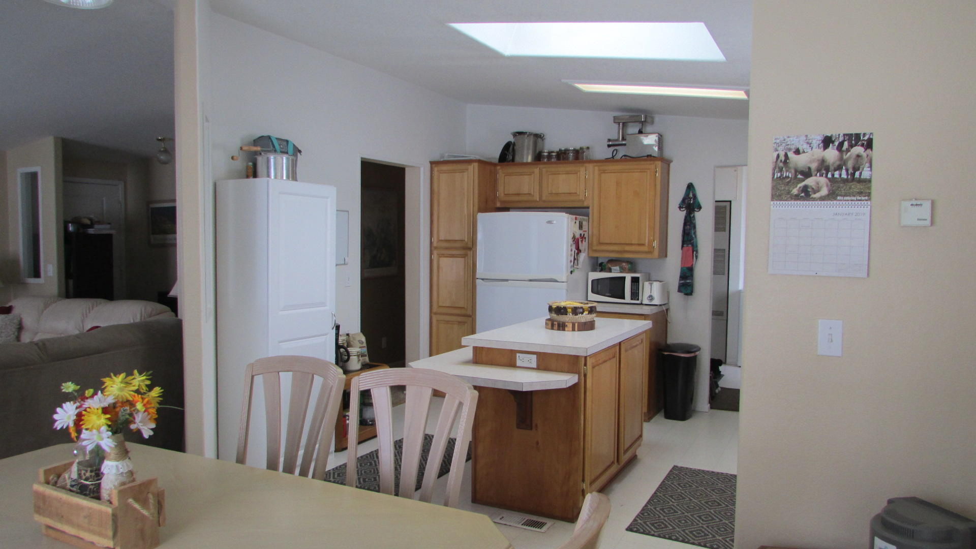 Property Image #2 for MLS #21900935