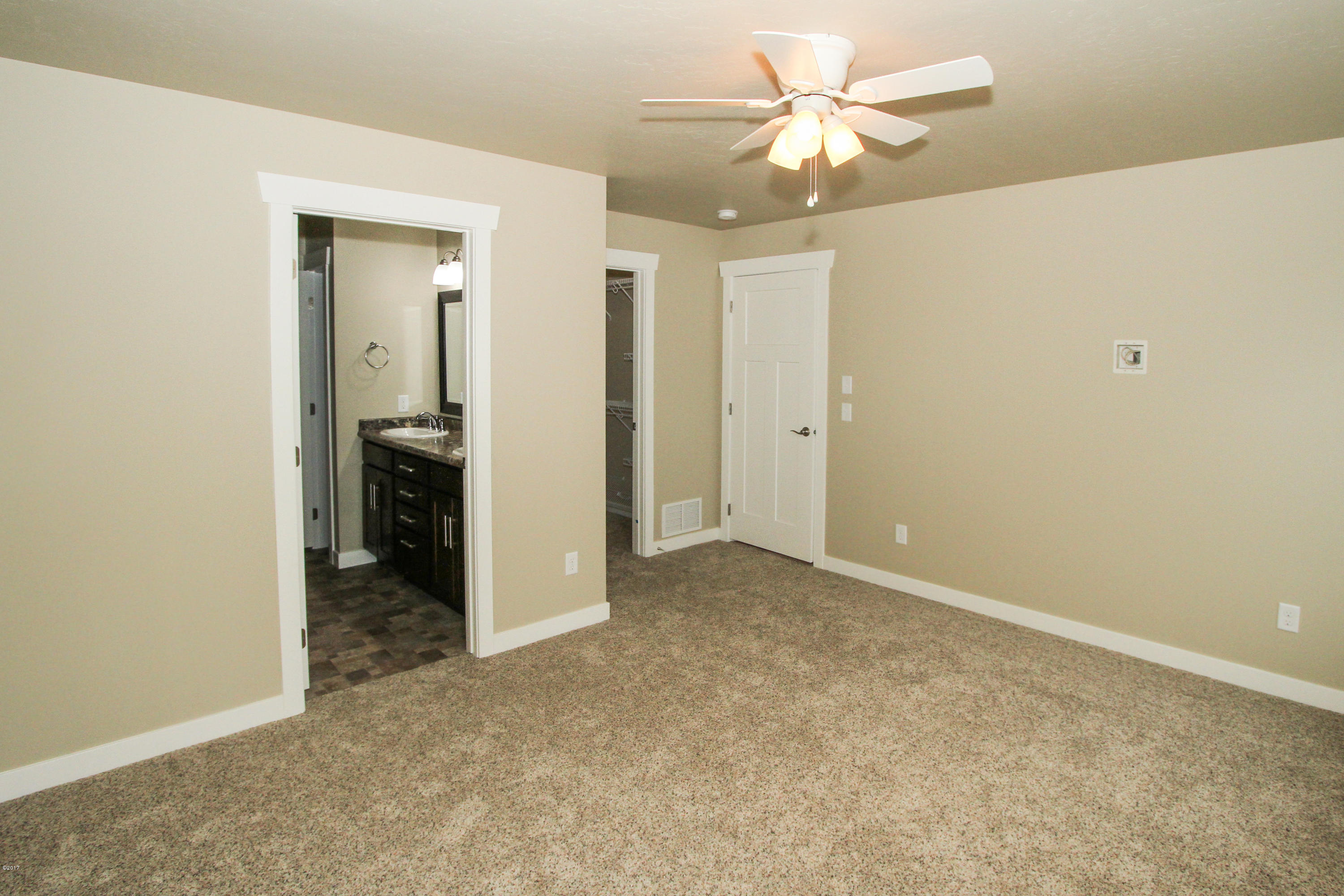Property Image #6 for MLS #21900938