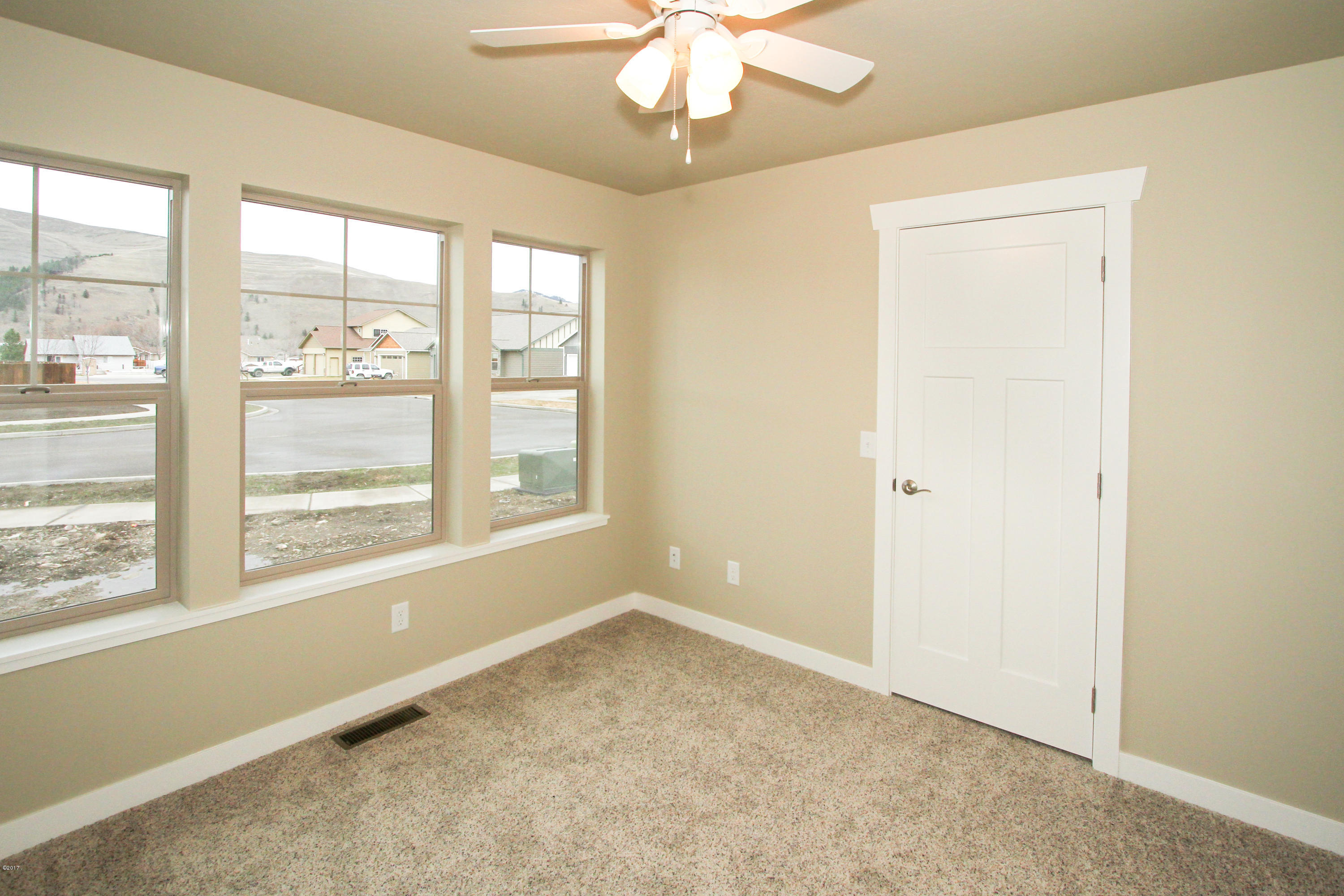 Property Image #9 for MLS #21900938