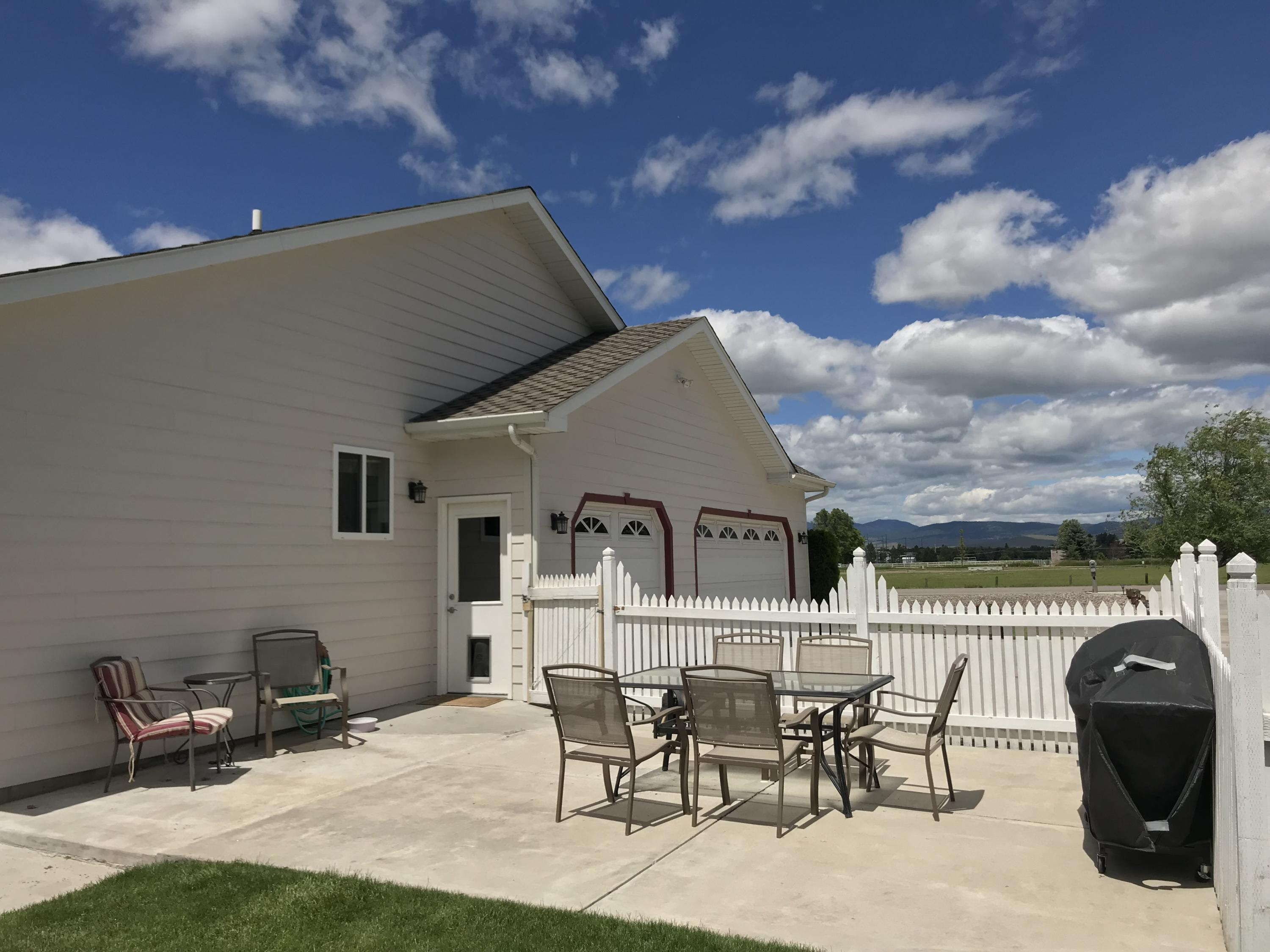 Property Image #3 for MLS #21901270