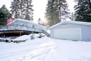 106 Brass Road, Lakeside, MT 59922