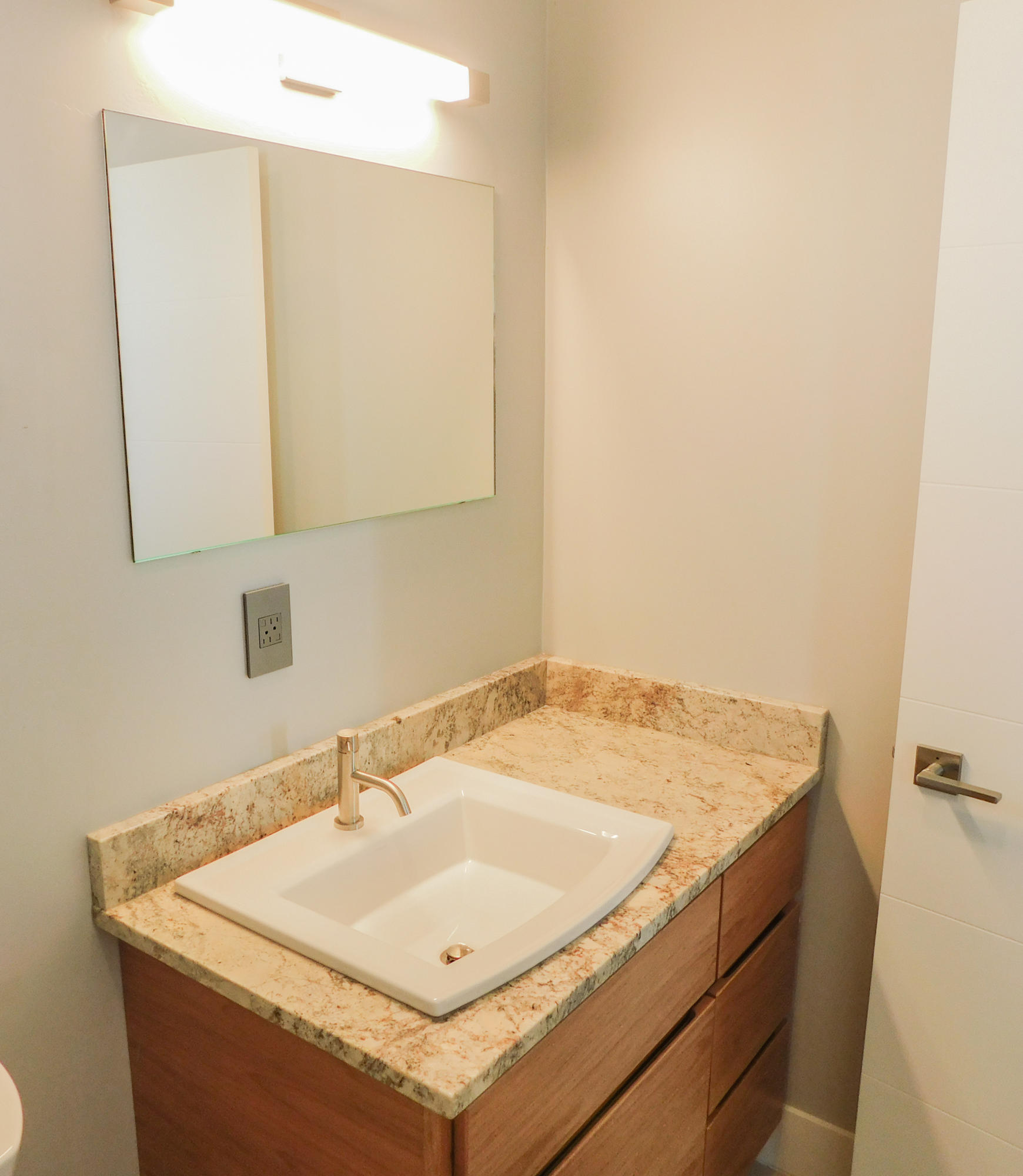 Property Image #14 for MLS #21900046