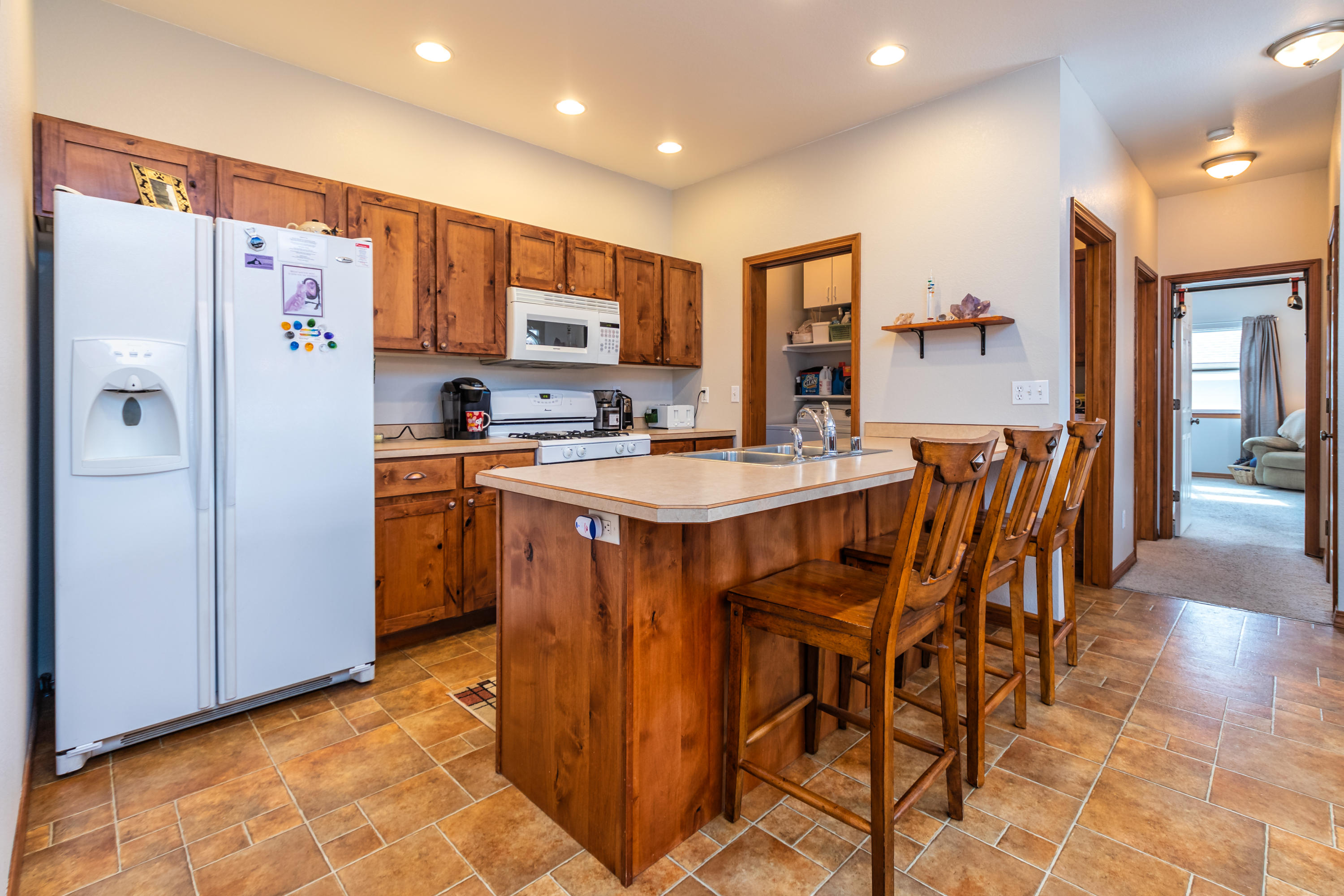 Property Image #2 for MLS #21902751