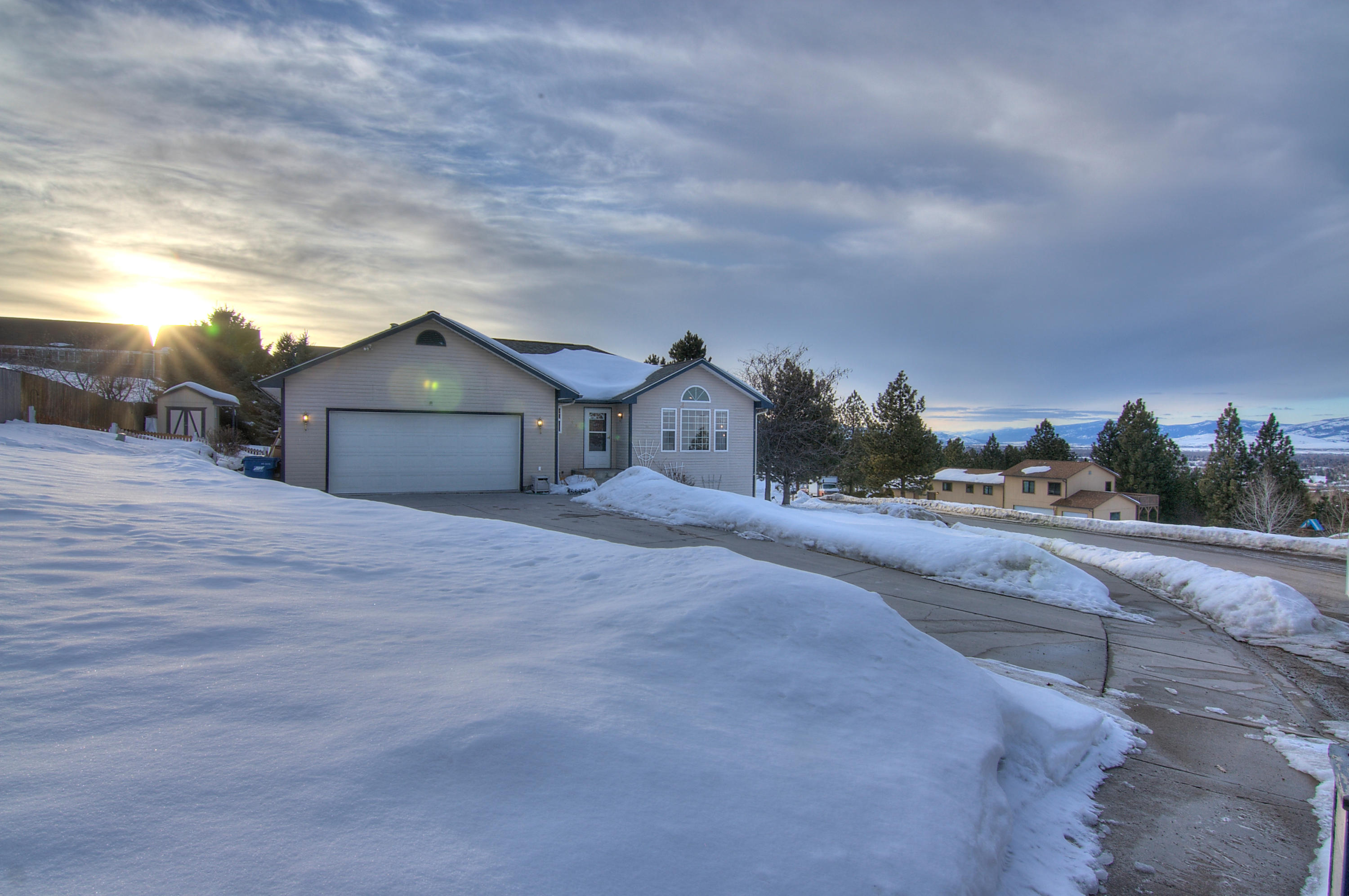 Property Image #1 for MLS #21902844