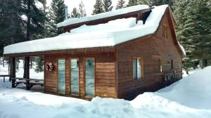 3.54 Acres of Beautiful Privacy: Seasonal Creek: 2 bed 1 bath 1,734 Sq. Ft.