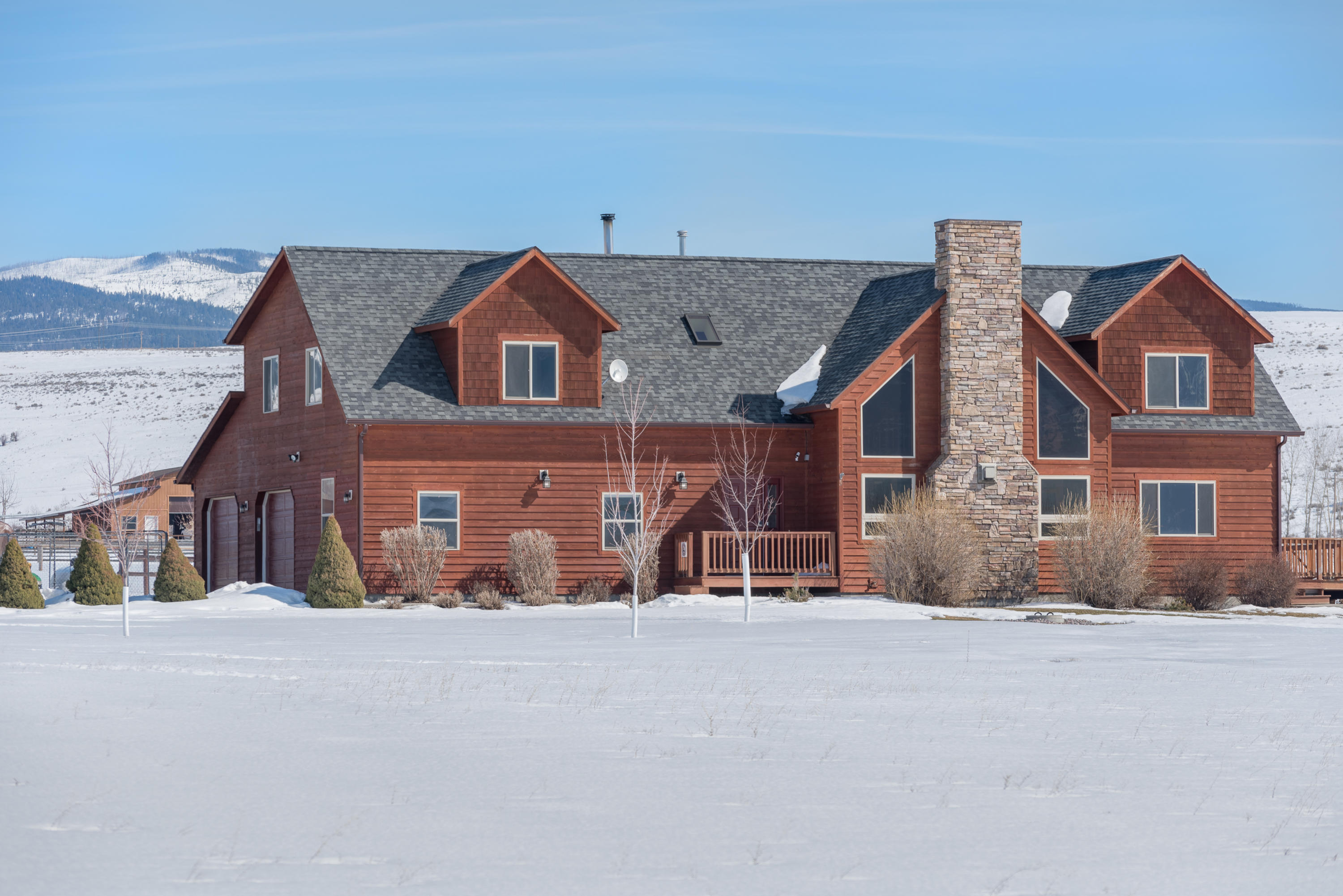 Property Image #1 for MLS #21903237