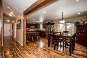 32 Mountain Timbers Court, Columbia Falls, MT 59912