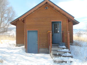 110 Bras, Lonepine, Montana