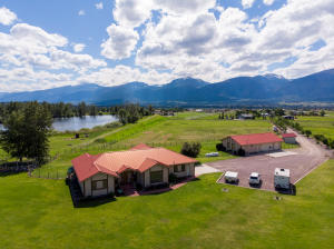 5560 Bridlepath Lane, Florence, MT 59833