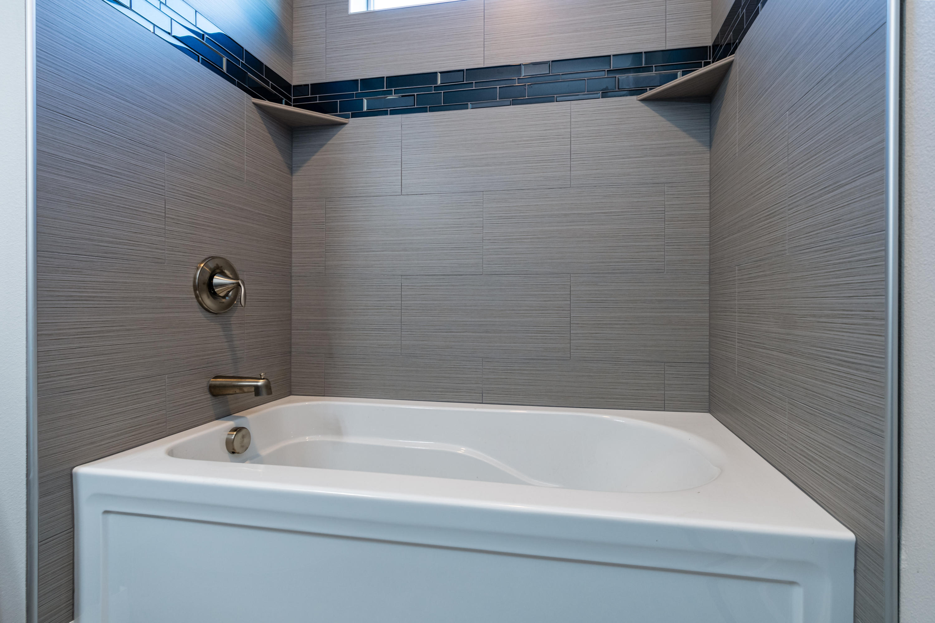 Property Image #2 for MLS #21903438