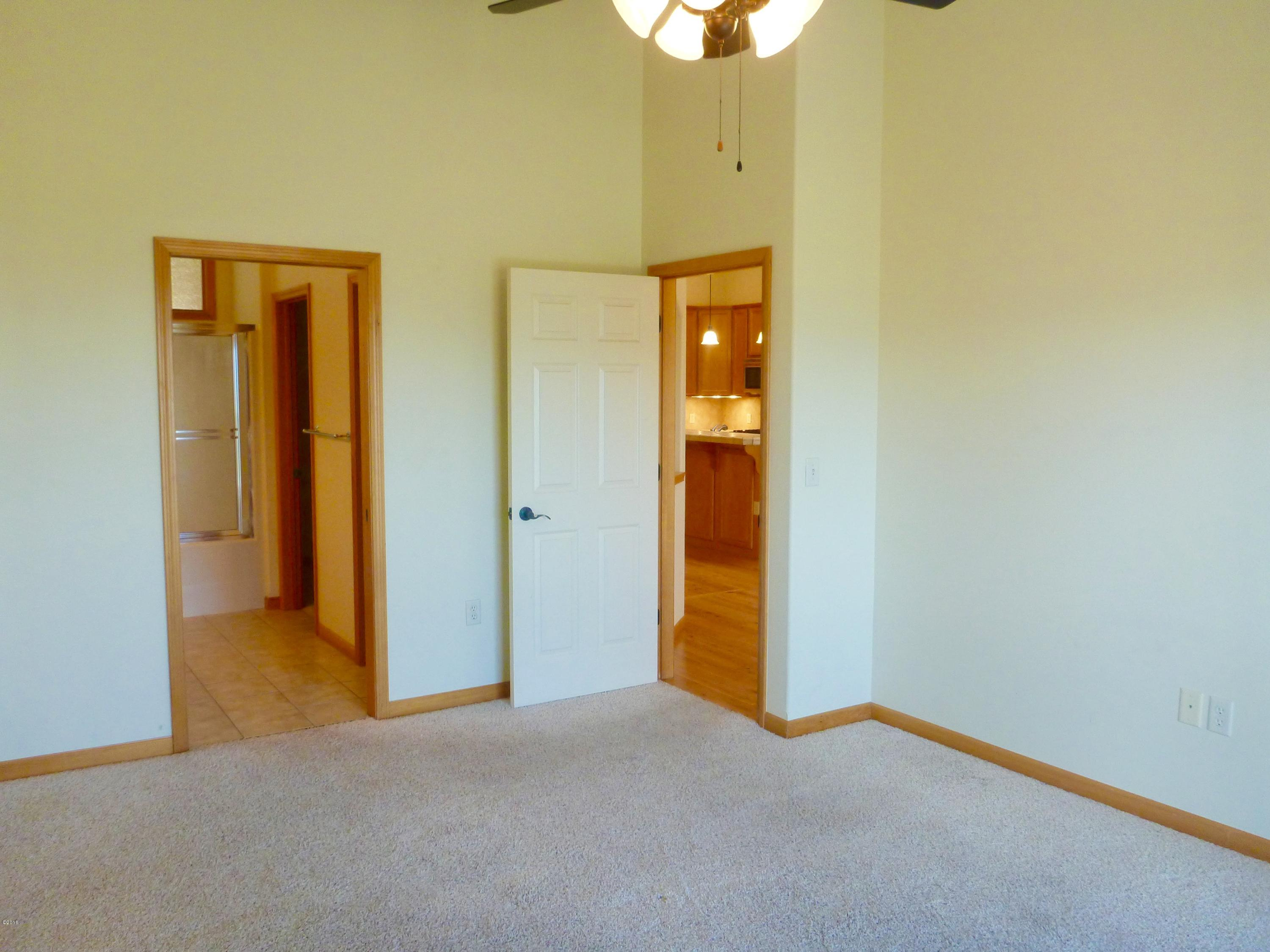 Property Image #6 for MLS #21904211