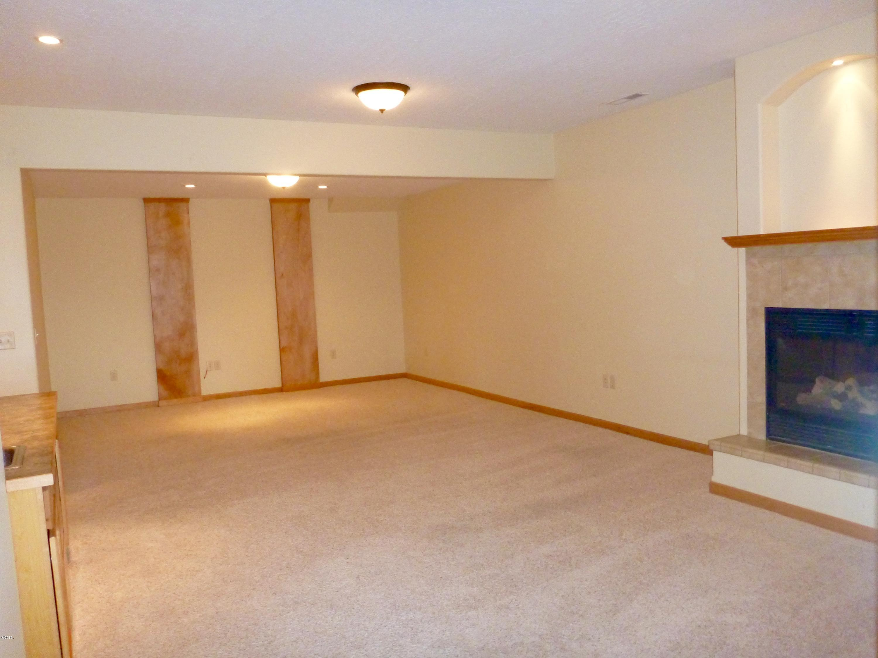 Property Image #9 for MLS #21904211