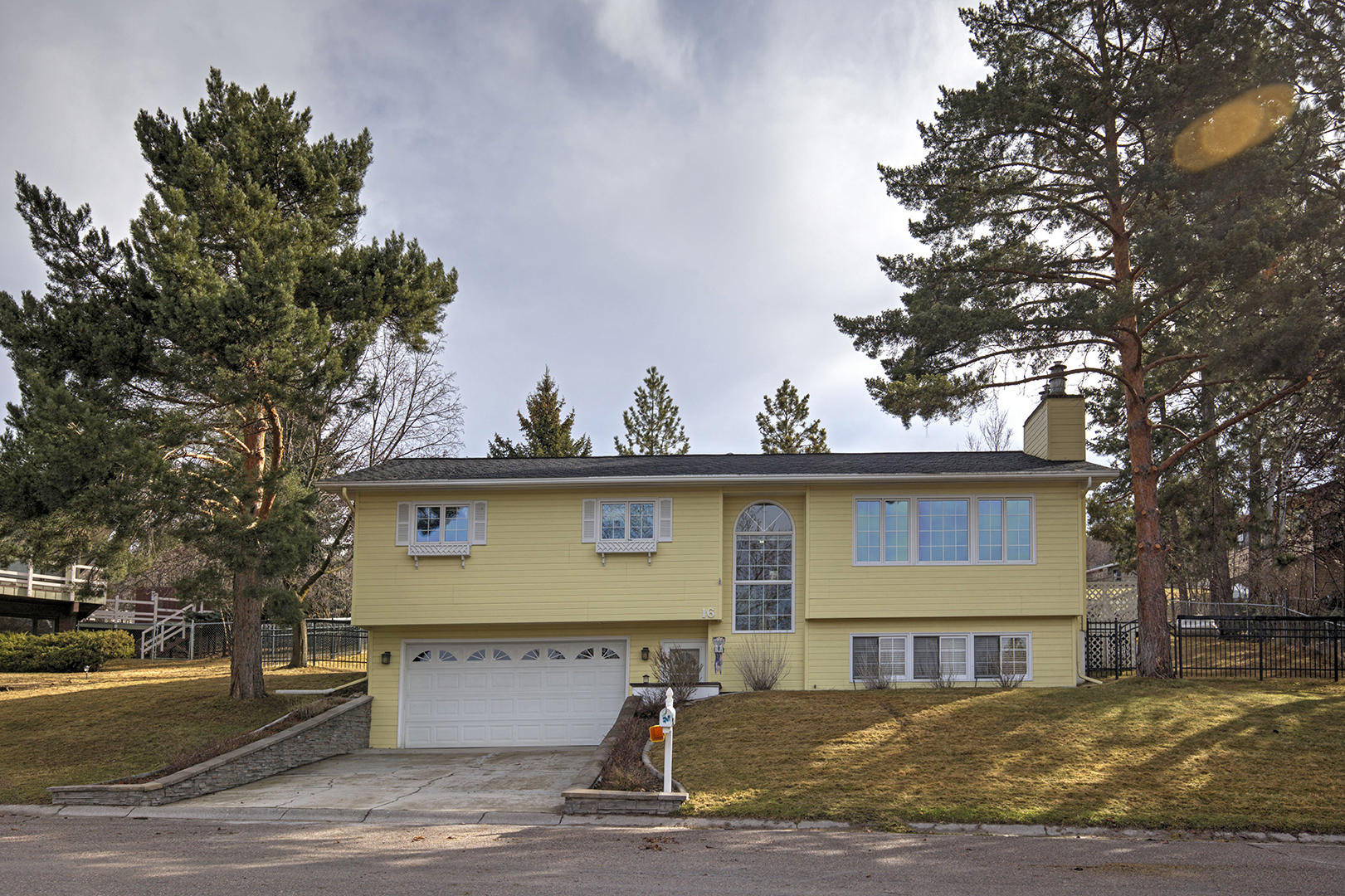 Property Image #12 for MLS #21904093