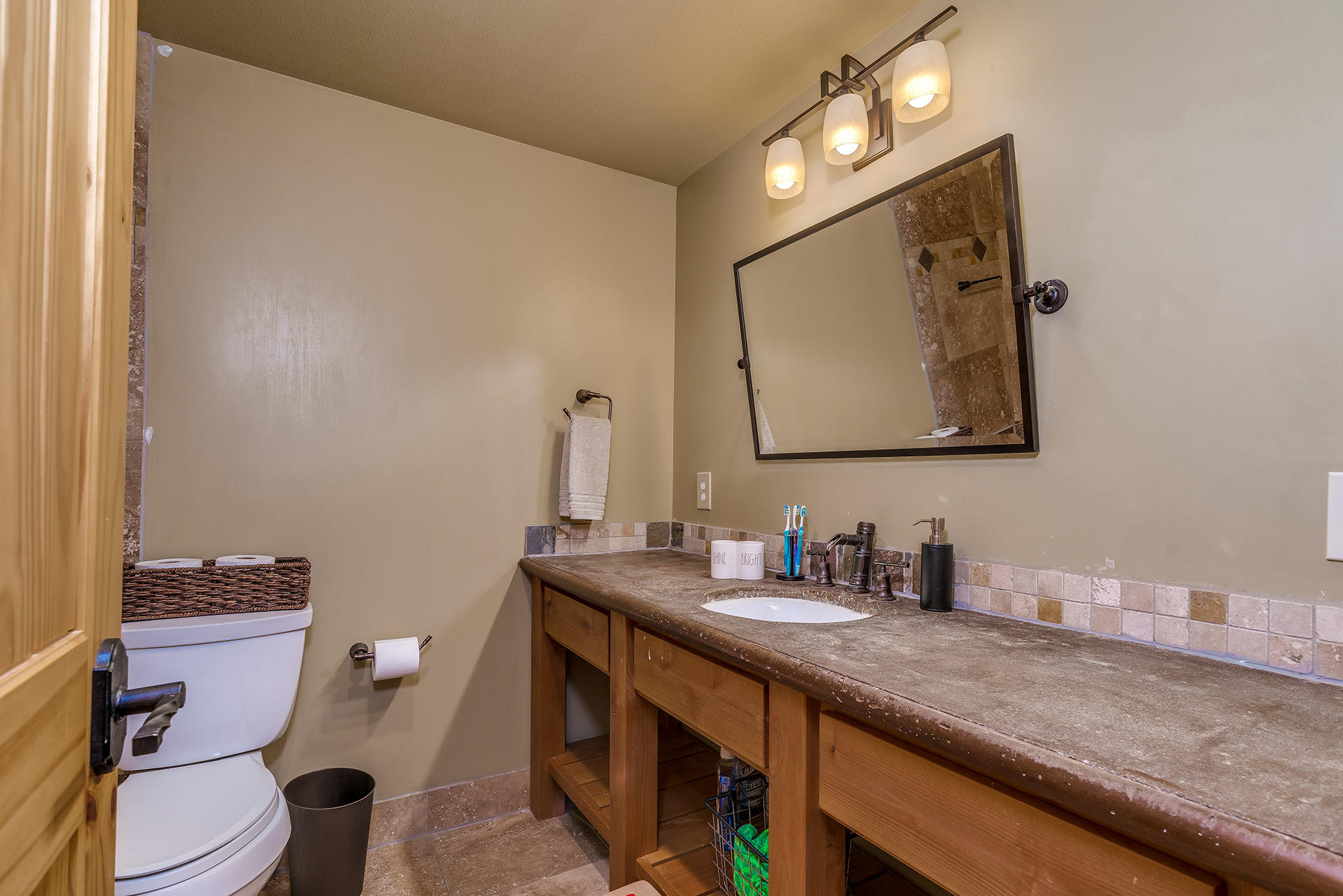 Property Image #10 for MLS #21904165