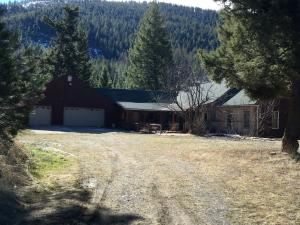 10250 Bear Den Trail, Missoula, MT 59803